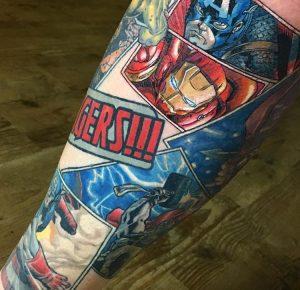 Avengers Tattoo Unterschenkel